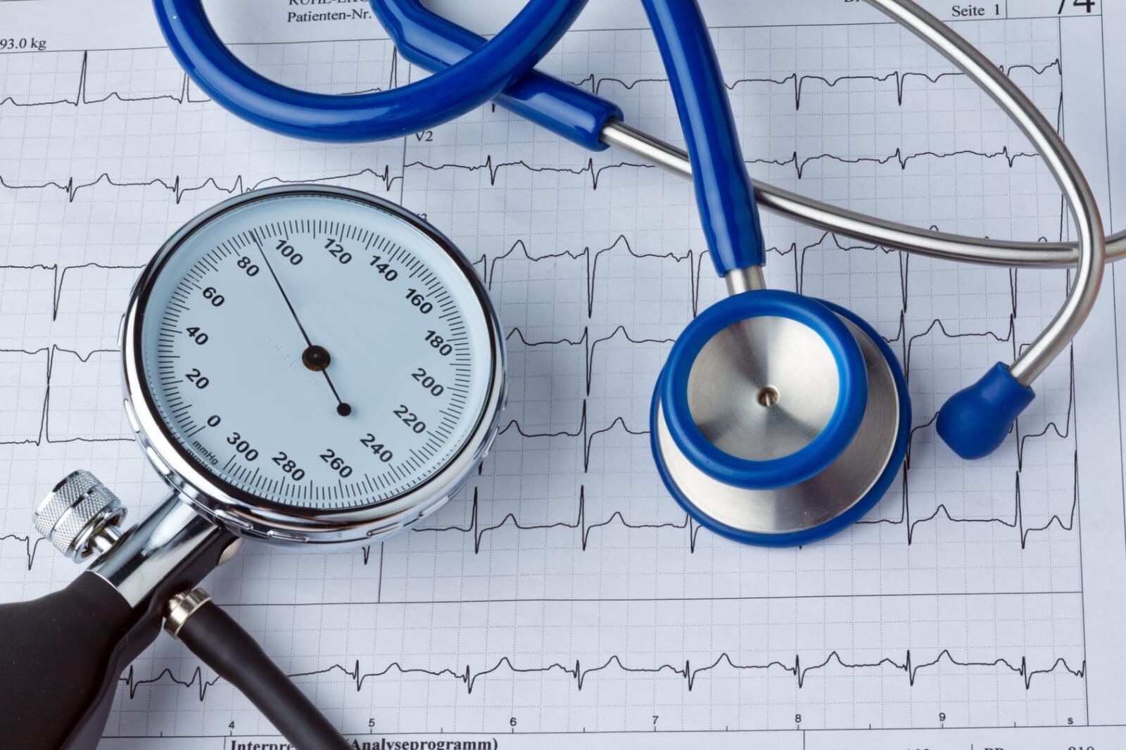 perfuzija s hladnom vodom i hipertenzije znakovi povišenog krvnog tlaka u ekg
